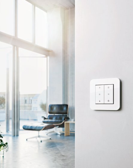 Gira System 3000 Blind switch in a living room
