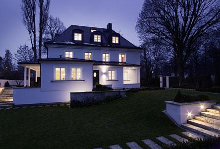 R f rences gira villa high tech munich for Habitat minimaliste