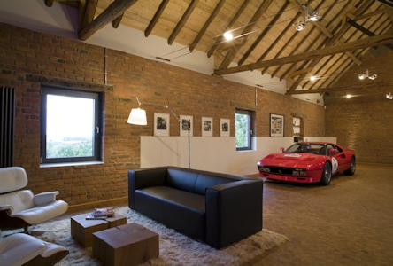 Références Gira : Garage high-tech